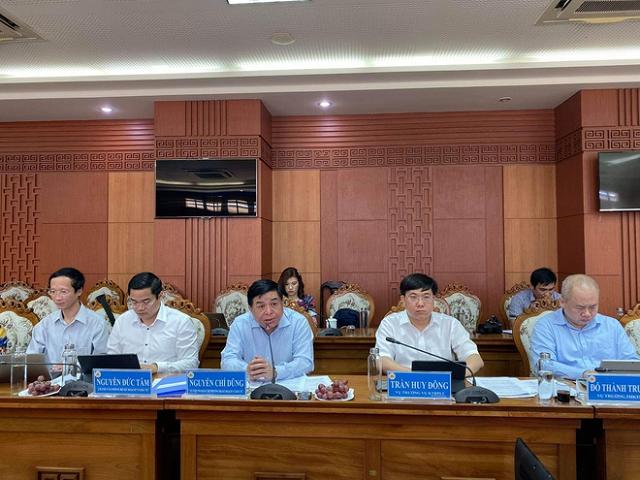 Đoàn công tác của Bộ Kế hoạch và Đầu tư làm việc với tỉnh Quảng Nam. Ảnh: Vân Nguyễn.