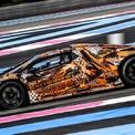 <p> Nếu như Lamborghini SCV12 không được ra mắt, rất có thể mẫu xe được trình làng sẽ là Lamborghini Sian phiên bản Spyder. Chiếc coupe này được giới thiệu lần đầu tiên tại Triển lãm Frankfurt Motor Show 2019.</p>