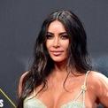 <p> Bên cạnh đó, người vợ nổi tiếng Kim Kardashian cũng góp phần không nhỏ cho việc kinh doanh của West. Năm 2018, Kardashian đóng vai trò là người mẫu chính của chiến dịch Yeezy Season 6, thu hút sự chú ý lớn từ công chúng và truyền thông. (Ảnh: <em>WireImages</em>)</p>