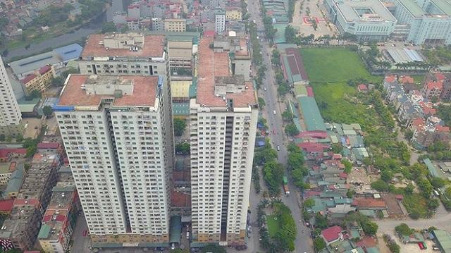 Gần 200 hộ dân ở chung cư CT6 Xa La nộp đơn kiện Sở Tài nguyên - Môi trường Hà Nội vì không được cấp sổ đỏ. ẢNH: LÊ QUÂN