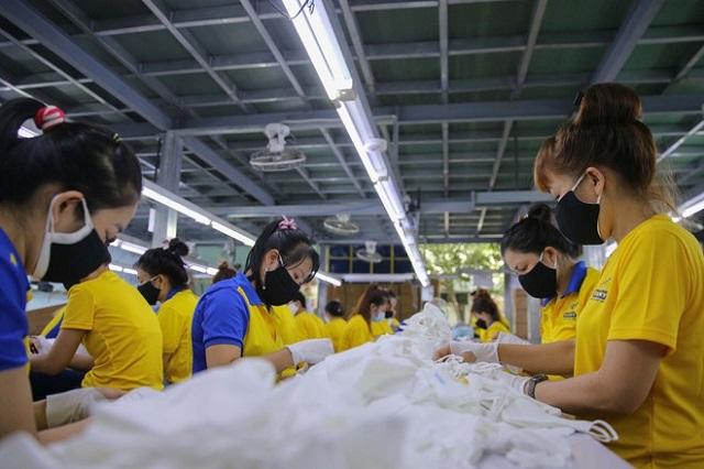 Nhiều doanh nghiệp dù khó khăn vẫn không tiếp cận được các gói hỗ trợ từ Chính phủ. Ảnh: Hoàng Triều.