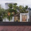 <p> Ngôi nhà tại TP HCM được thiết kế trên diện tích 450 m2, dựa trên mong muốn của chủ sở hữu về không gian thư giãn cuối tuần với một khu vực đầy cây xanh, ánh sáng và sự riêng tư tuyệt đối.</p>