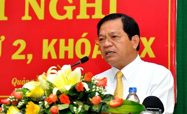 Bộ Chính trị cho ông Lê Viết Chữ thôi chức Bí thư Quảng Ngãi