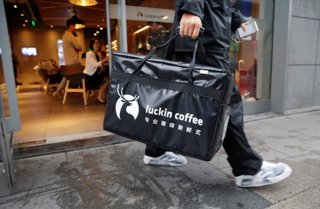Cú lừa lịch sử của Starbucks Trung Quốc: Sự vỡ vụn của mô hình kinh doanh tăng trưởng bất chấp, không màng tới lợi nhuận  - Ảnh 1.