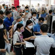 Gần 31 triệu người mất việc, giảm thu nhập vì Covid-19