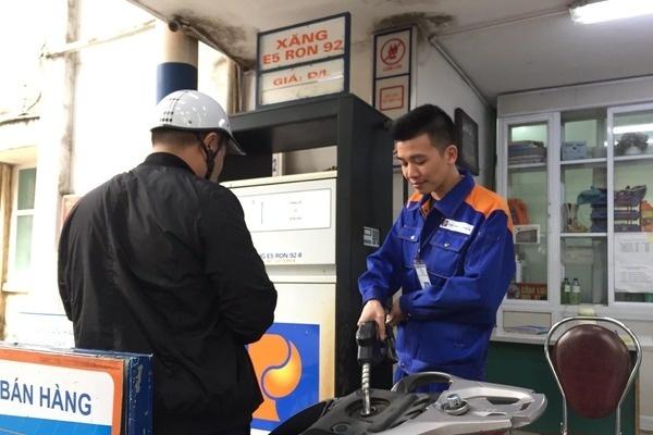 Giá xăng, dầu không đổi
