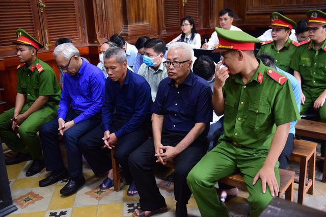 'Đại án' DongABank: Tiếp tục điều tra liên quan khoản tiền 3.139 tỷ đồng - Ảnh 1.
