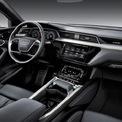 <p> <strong>Audi e-tron: 85.790 USD</strong></p> <p> e-tron là mẫu xe duy nhất của Audi lọt vào danh sách này. Nội thất của mẫu Crossover chạy điện này được đội ngũ giám khảo WardsAuto đánh giá cao về sự thoải mái, lôi cuốn và thân thiện. Audi e-tron sử dụng các vật liệu như gỗ óc chó, da Valcona để trang trí khoang nội thất, đi kèm những trang bị cao cấp như màn hình 10 inch tích hợp hệ thống thông tin giải trí, hệ thống âm thanh Bang &amp; Olufsen với âm thanh 3D.</p>
