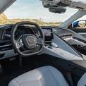 <p> <strong>Chevrolet Corvette Stingray: 78.900 USD</strong></p> <p> Nội thất Chevrolet Corvette Stingray được ví như không gian trên một chiếc chuyên cơ. Nhiều chi tiết được bọc da, carbon và nhôm cao cấp. Hãng xe Mỹ còn cung cấp cho khách hàng tuỳ chọn 12 màu sơn ngoại thất, 6 màu nội thất, sáu màu dây đai an toàn, và hai màu chỉ khâu.</p>