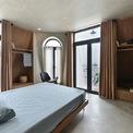 <p> Các phòng ngủ được làm mềm trong cấu trúc và mở rộng tối đa. Đồ nội thất được sắp xếp trong phòng ngủ tạo ra không gian mở và thoải mái.</p>