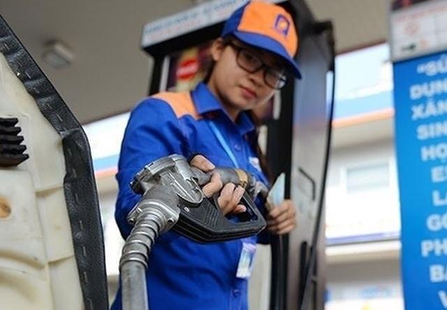 Bộ Công Thương đề xuất điều chỉnh giá xăng 10 ngày/lần