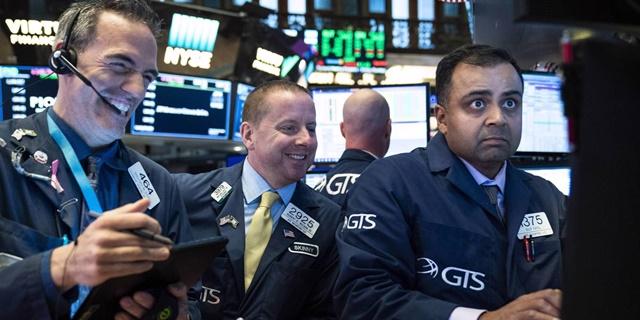 Diễn biến của thị trường chứng khoán, đặc biệt là tại Mỹ, trong đại dịch Covid-19 dường như bất chấp mọi logic. Ảnh: Getty Images.