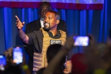 Kanye West lần đầu vận động tranh cử