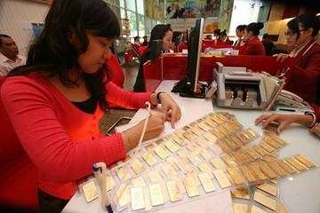Giá bán vàng SJC lập đỉnh mới, vượt 51 triệu đồng/lượng