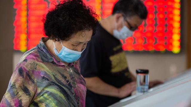 'Con dao hai lưỡi' ở thị trường chứng khoán Trung Quốc