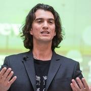 Bị 'đá' khỏi công ty, người sáng lập WeWork bán tháo bất động sản