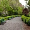 <p> Cựu CEO WeWork cũng sở hữu 4 căn nhà tại khu vực giàu có Gramercy Park của Manhattan, được mua với giá 34,7 triệu USD vào năm 2017. Hồi tháng 2, Neumann cũng rao bán 2 căn trong số này với tổng giá 37,5 triệu USD. Ảnh: <em>Zxvisual.</em></p>