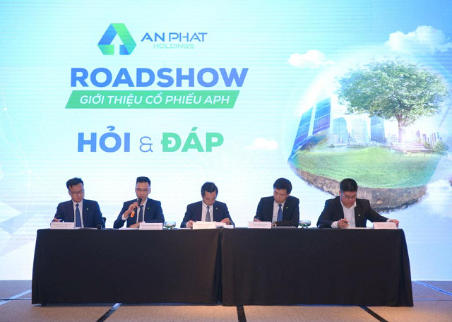 aph-roadshow-8978-1595642351.png