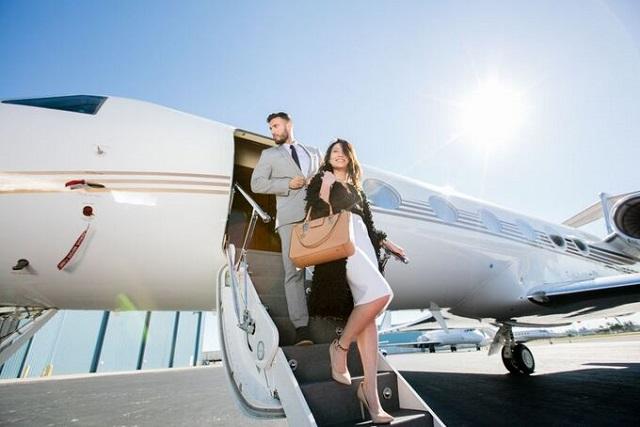 private-jet-1542-1595586800-7765-1595730