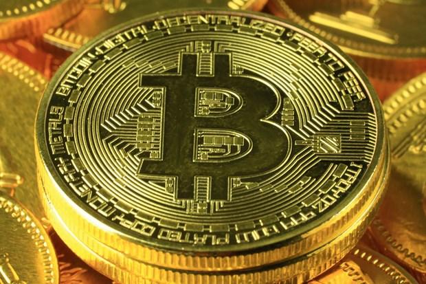 Bitcoin vượt 10.000 USD lần đầu tiên kể từ tháng 6