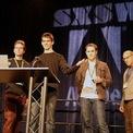 <p> Ban đầu, Dorsey làm việc cho một công ty podcasting có tên là Odeo, trụ sở ở San Francisco. Đây cũng là nơi ông gặp những người bạn mà sau này là đồng sáng lập Twitter. Năm 2006, Odeo phá sản vì vậy Dorsey quyết định quay lại với ý tưởng tin nhắn của mình. (Ảnh: <em>Flickr</em>)</p>