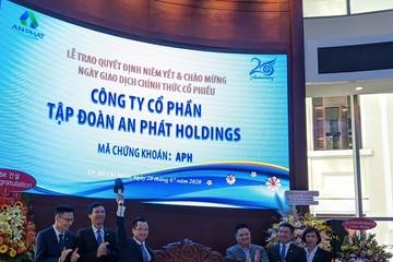 Hơn 260 triệu cổ phiếu APH và DGC chính thức được giao dịch tại HoSE