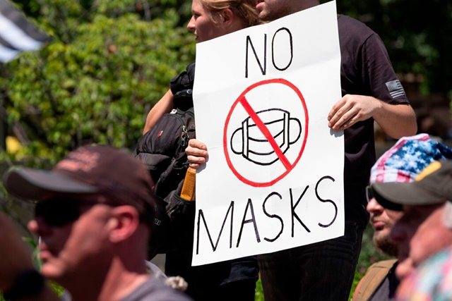 An antimask protester in Columbus, Ohio, on July 18.