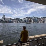 GDP quý II giảm 9%, Hong Kong chìm sâu hơn vào suy thoái