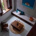 <p> Từ ngoài vào trong, các yếu tố tự nhiên tạo ra sự cân bằng cần thiết, các không gian bên trong nhà cũng nhờ đó mà trở nên trong lành hơn.</p>