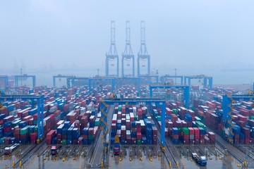 Reuters: Viễn cảnh kinh tế toàn cầu ảm đạm do dịch Covid-19