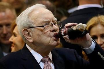 Những người giàu nhất thế giới làm gì để giàu hơn