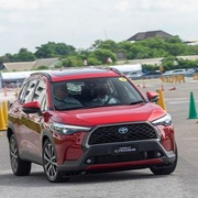 Đại lý báo giá Toyota Corolla Cross từ 720 triệu đồng