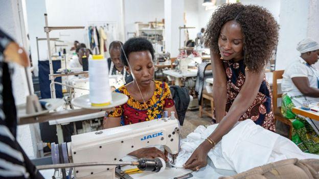 Sau 8 năm thành lập, Joselyne đang điều hành một doanh nghiệp thời trang có tới 37 thợ may làm việc toàn thời gian.