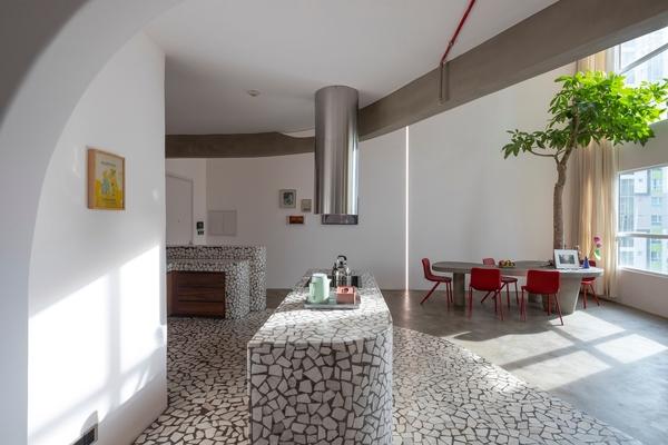 Diện mạo khác thường của căn hộ ở TP HCM sau 3 năm thiết kế và thi công