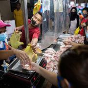 Kinh tế Philippines 'khốn khổ lần hai' vì Covid-19
