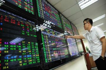 Kéo mạnh cuối phiên, VN-Index tăng gần 13 điểm