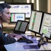 Khối ngoại đẩy mạnh bán ròng 132 tỷ đồng trong phiên 4/8, 'xả' SAB