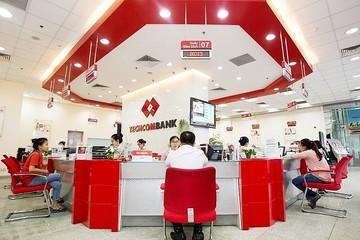 Techcombank tăng dự phòng để xử lý nợ xấu