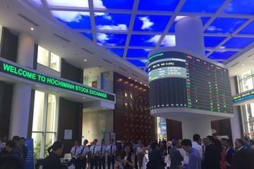 SAB và VNM bứt phá, VN-Index vượt mốc 840 điểm