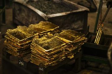 Không có mỏ vàng, cổ phiếu công ty khai thác vàng vẫn tăng phi mã