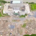 <p> Theo kết luận thanh tra,Vạn Phát Hưng đã nhận chuyển nhượng đất lúa trước khi được chấp thuận địa điểm đầu tư. Chủ đầu tư đã đầu tư xây dựng công trình trên đất khi chưa được cơ quan có thẩm quyền giao đất trên thực địa.</p>