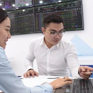 Nhà đầu tư cá nhân trong nước mở mới tài khoản chứng khoán thấp nhất 5 tháng