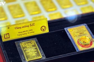 Một tuần đầy biến động của giá vàng, người mua hãy thận trọng