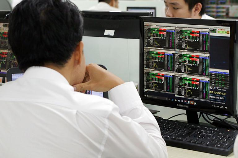 Nhận định thị trường ngày 12/8: Động lực tăng vẫn còn