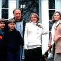 """<p class=""""Normal""""> <strong>James, Lachlan và Elisabeth đều cùng mẹ</strong></p> <p class=""""Normal""""> Tỷ phú Rubert Murdoch kết hôn với nữ nhà báo người Scotland Anna Murdoch vào năm 1967 trong lần kết hôn thứ 2 của mình. Họ đã ly dị vào năm 1999 và có 3 người con là Elisabeth, Lachlan và James.</p> <p class=""""Normal""""> Tỷ phú Rubert cũng có một cô con gái trong cuộc hôn nhân đầu tiên. Sau khi ly dị, bà Anna đã đấu tranh để chỉ 4 người con này có quyền thừa hưởng hợp pháp gia tài của Murdoch. (Ảnh: <em>Getty Images</em>)</p>"""
