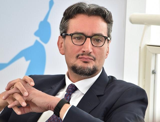 Chuyện kinh doanh của gia tộc giàu nhất Italia