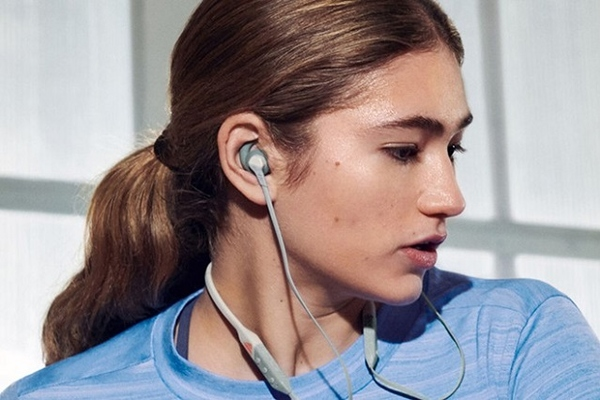 Adidas ra mắt tai nghe không dây, giá 99 USD