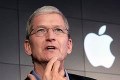 Mới trở thành tỷ phú USD, CEO Apple chi tiêu như thế nào