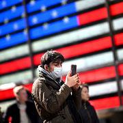 Người Mỹ bất ngờ ồ ạt mua smartphone sản xuất từ Trung Quốc