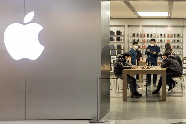 Ông Trump có thể biến iPhone thành rác ở Trung Quốc